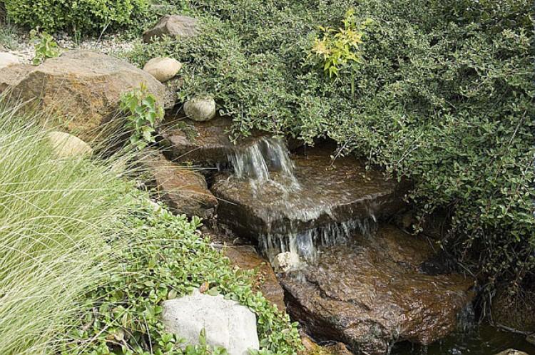 cascade pour bassin de jardin - Materiel de bassins